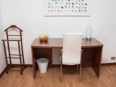 Camera sara scrivania